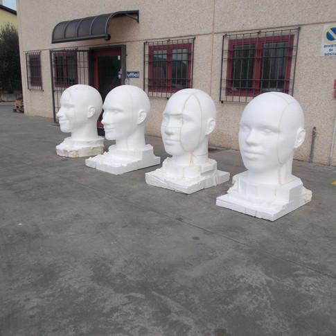 sculture teste cantanti italiani