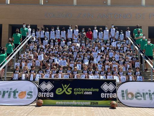 T20/21 - Cantera- El San Antonio Cáceres Basket clausura la XXIX edición de su Campus