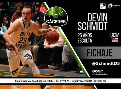 T20/21 - LEB Oro - El Cáceres contará con los servicios del escolta Devin Schmidt esta temporada