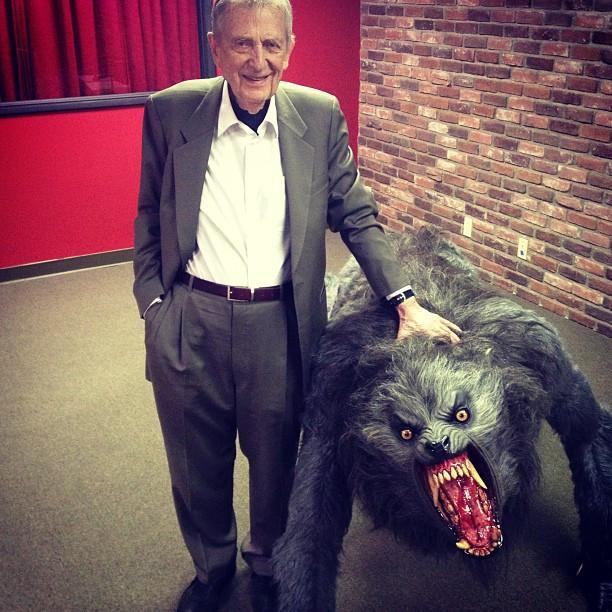 Стэнли Криппнер в гостях у шоу Джо Рогана. Фото © Кристофер Райан (соавтор книги «Секс на заре цивилизации»)