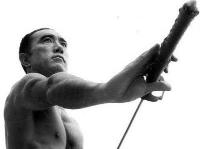 Дичайшее одиночество человеческой души и Прекрасное: о «Золотом Храме» Юкио Мисимы
