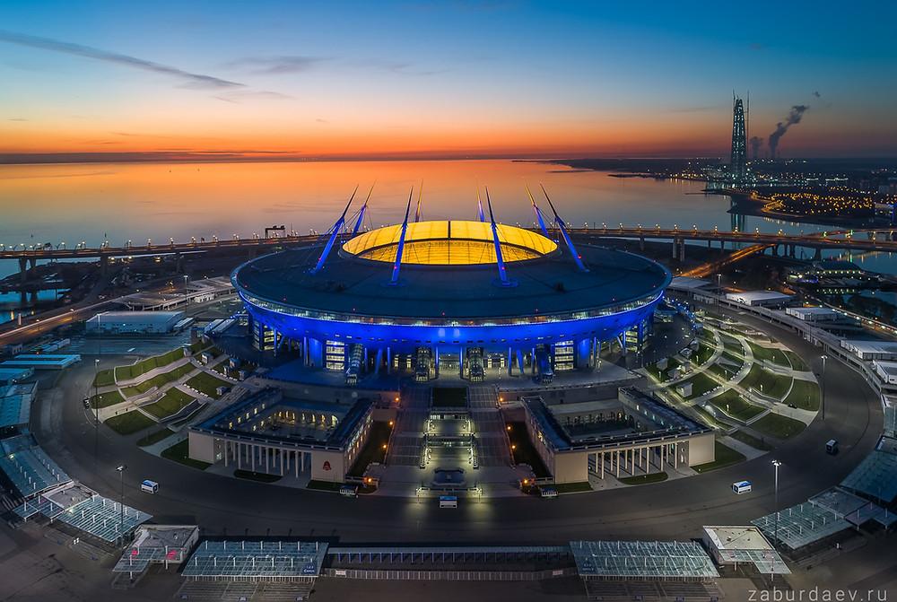 Стадион «Зенита». По проекту архитектора Кисё Курокавы