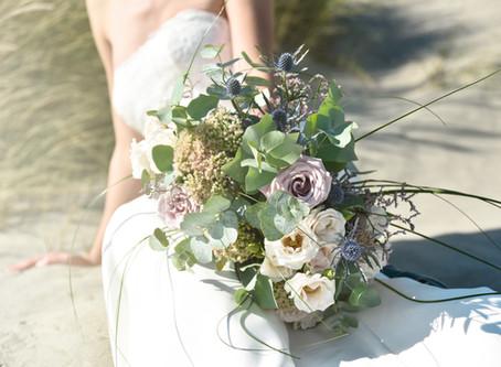 Beach inspired wedding flowers