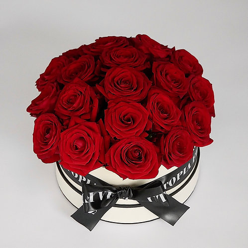 Roses in hat box