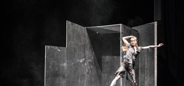 Thinking outside the box Copyright: Hubert Lankes
