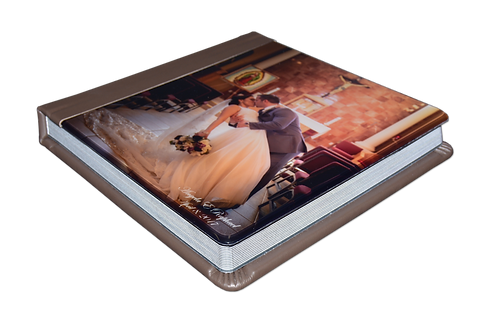 Coffee Table Album round Eddie Jerez Photography resized.png