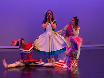 """Keshet returns to the stage with """"Alice"""""""