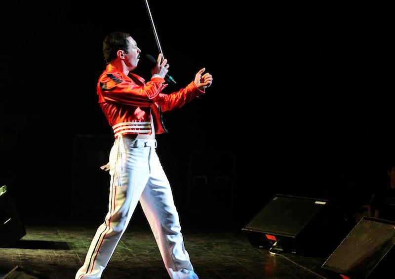Gary Mullen as Freddie Mercury
