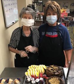 volunteers 2 desserts