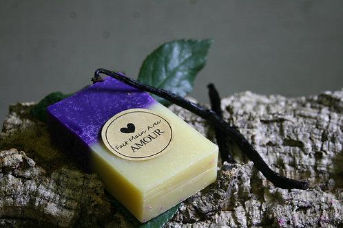 Savon au raisin et vanille, huile de pépins de raisin Bio