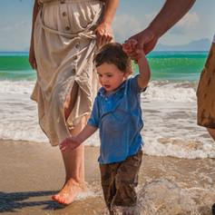 family-in-waves-josie-gritten.jpg