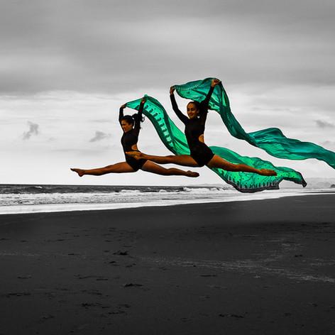 Mangawhai-Beach-Dancers-Josie-Gritten.jp