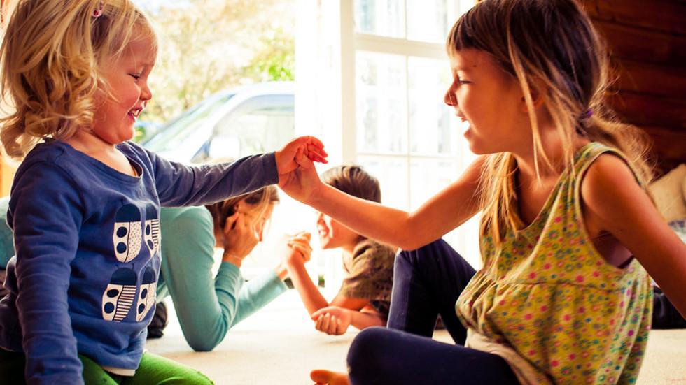 mum-kids-arm-wrestle-josie-gritten-photo
