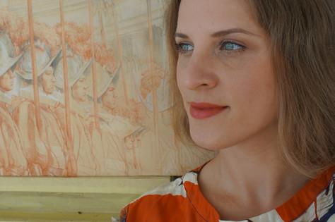 Украинская художница Алена Вавуракис открывает «украинско-швейцарскую» границу для живописи.