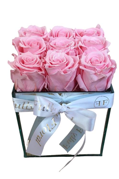 Annalise preserved Roses