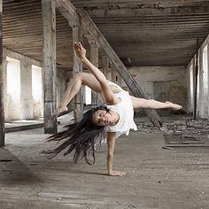 Telas, danza aérea, danza, arte, acrobacia.ánea.jpg