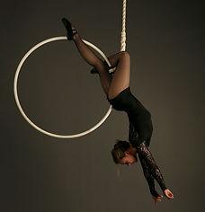 Telas, danza aérea, danza, arte, acrobacia.