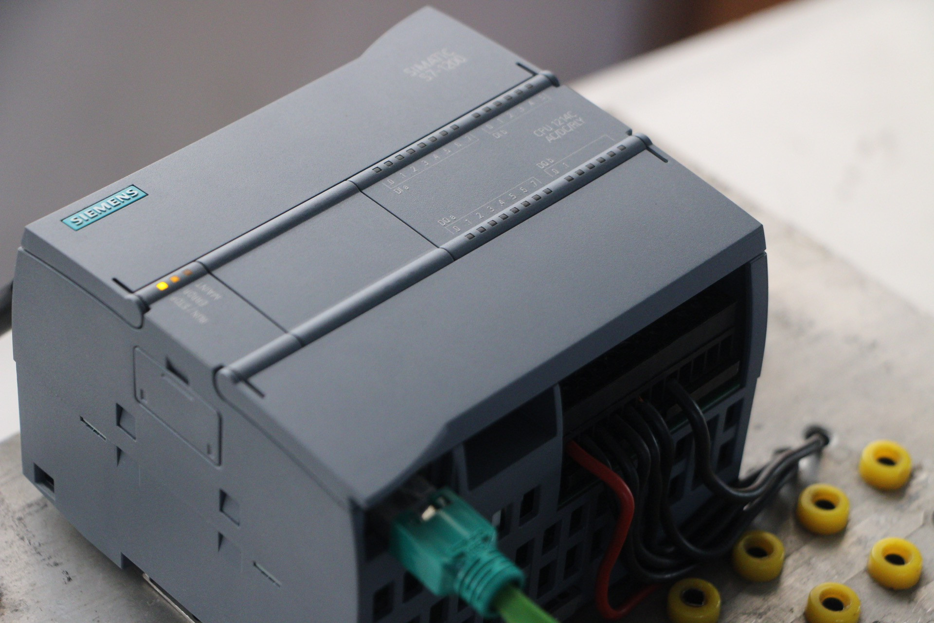 Siemens S7 300 PLC & STEP 7 