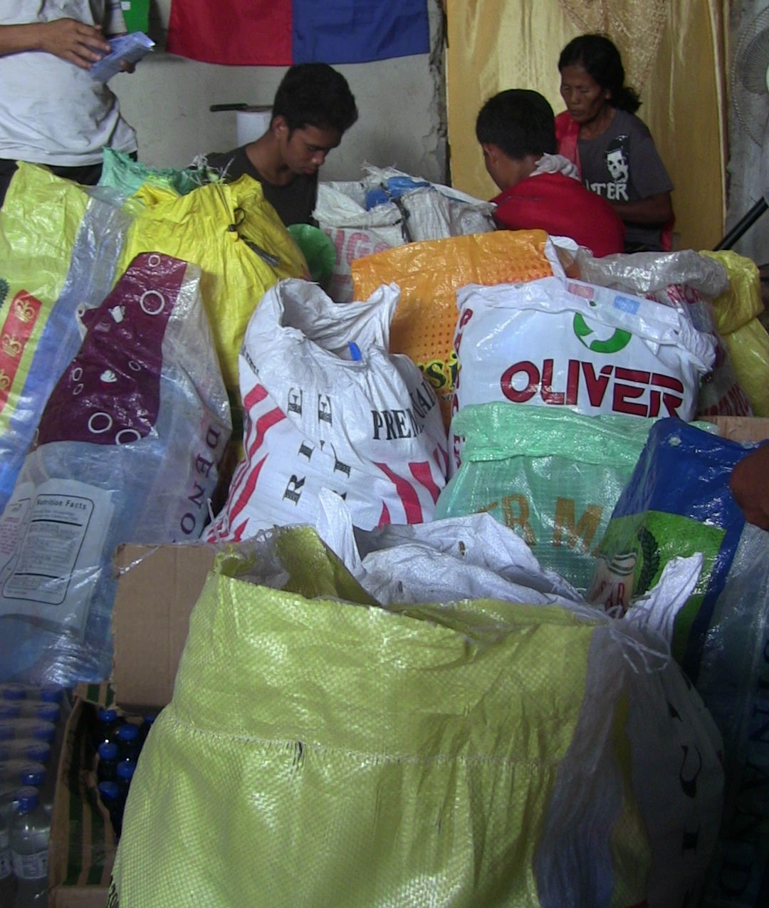 8_Our_Work_Community_Services_2013_Typhoon_Haiyan_IMG_0878