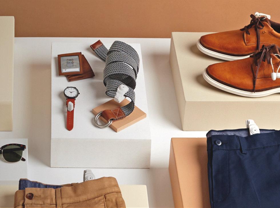 Produkter för glasögon, parfymer, kläder, smycken och mycket mer.
