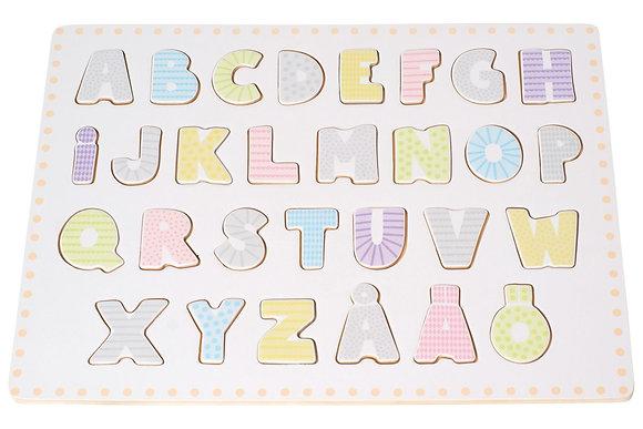 Abecedário com letras de encaixe