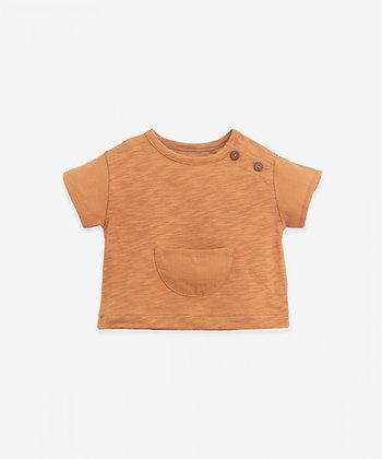 T-shirt com Bolso - Play Up