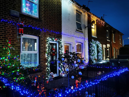 Christmas Lights Cheer Up Residents