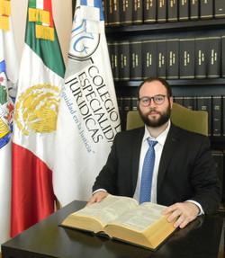 MDE. Hugo Carrillo Vega