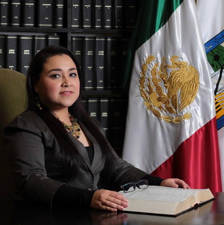 ARQ. Yessica Solís Rocha