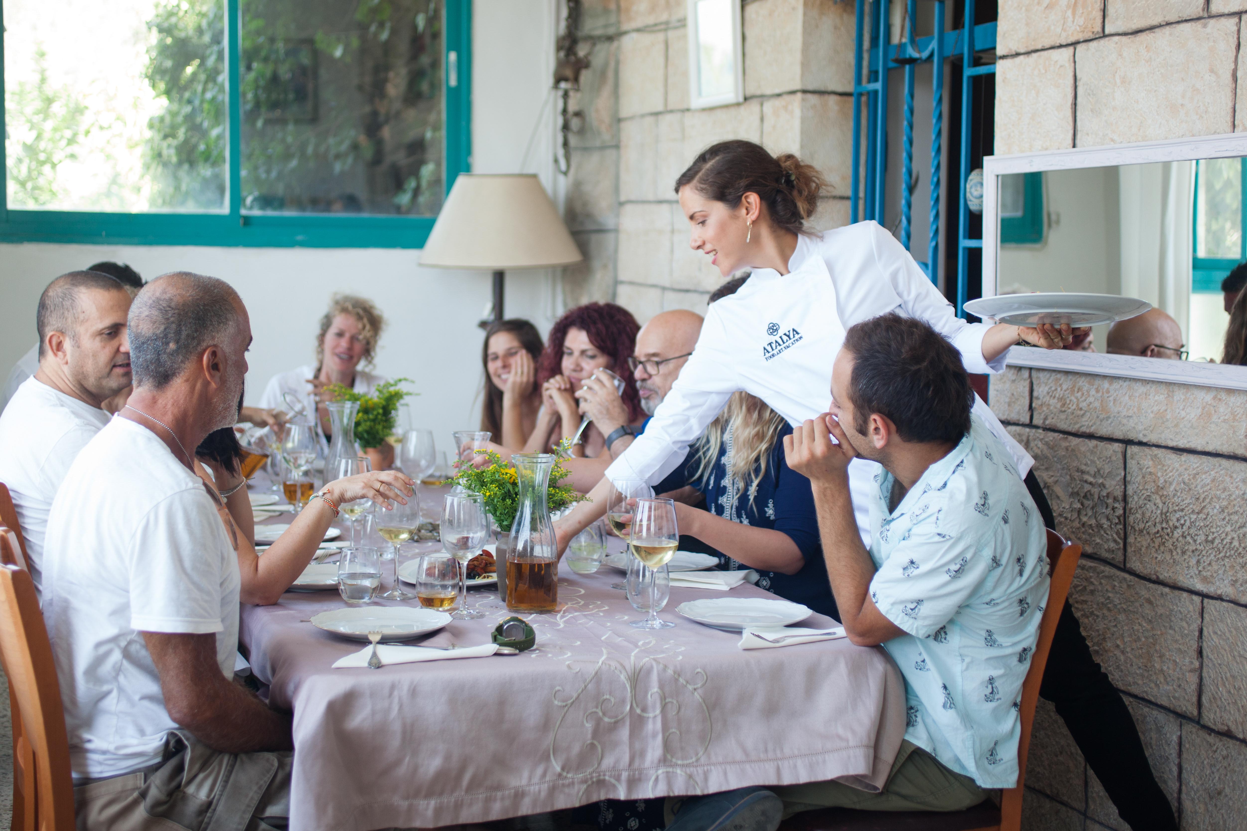 ארוחה פרטית אצל עתליה בעין כרם
