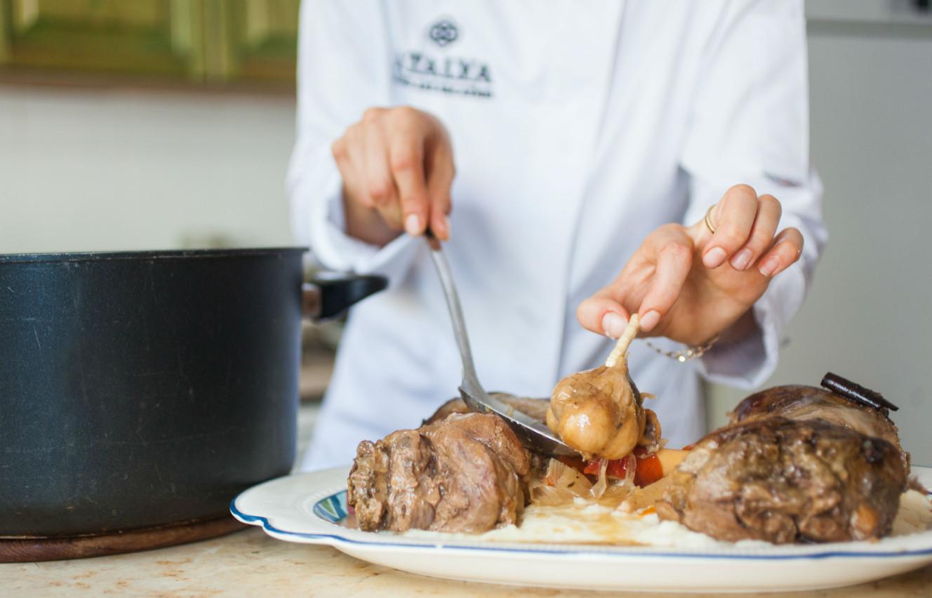 atalya_lamb with garlic