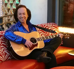 Bobby Bruce as Nearly Neil in Las Vegas with his guitar