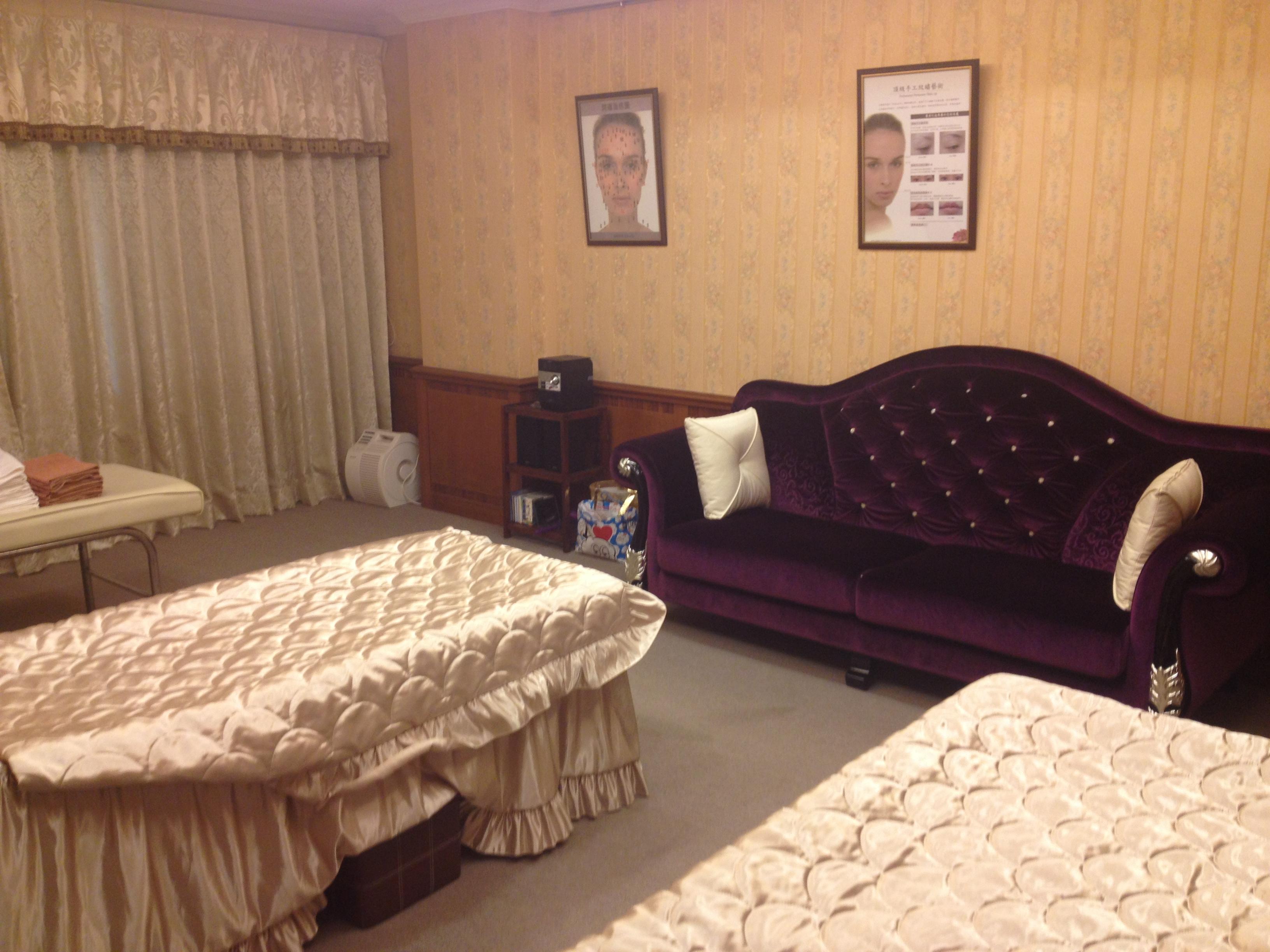 舒適優雅的二樓美容區 SALON AREA