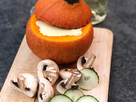 RECIPE - PUMPKIN CHEESE FONDUE