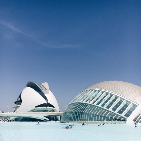 PACK YOUR SUITCASE – VALENCIA IS HET HELEMAAL