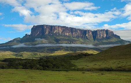 MONTE RORAIMA AMAZON DESTINATIONS