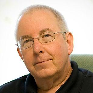 Gil Kaufman.jpg