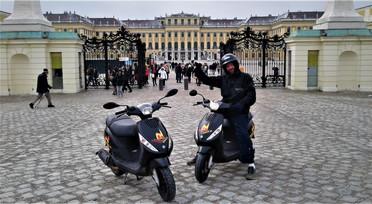 #scootertours in #schönbrunn