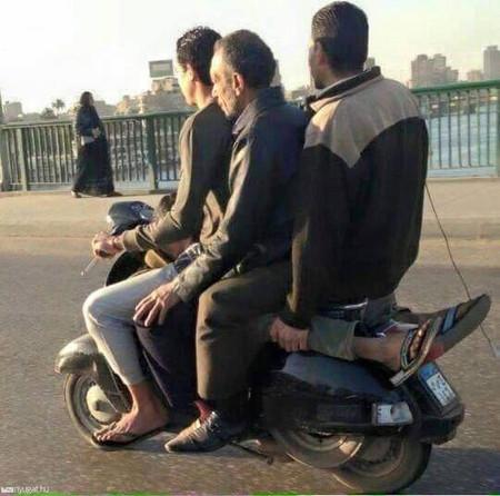 scooter sightseeing vienna.jpg
