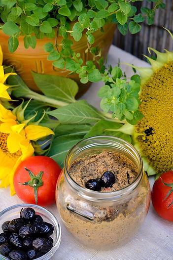 sunflower-pate-1477303_1920.jpg