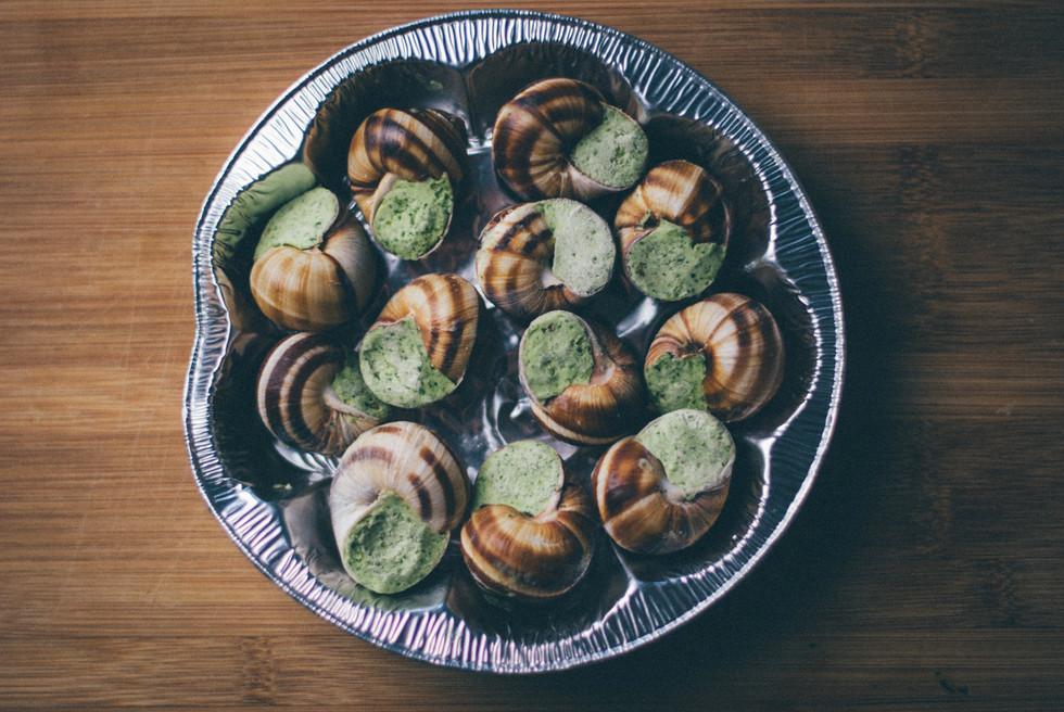 10 Reasons to Eat Escargots   10 Λόγοι για να Φας Σαλιγκάρια