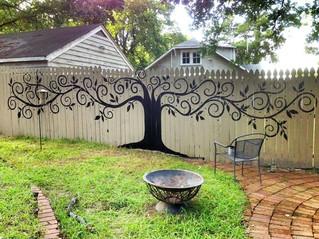 15 Ways to Upgrade the Backyard Fence