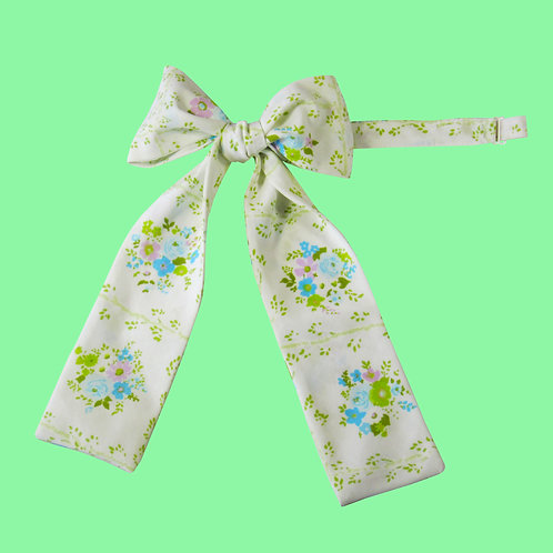 Blue Floral Ladies Pussy Bow Tie