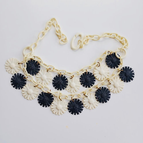 Vintage 1950's Black and White Plastic Daisy Necklace