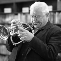Bruce-Adams-Eclipse-Flugel-Horn_bw.png