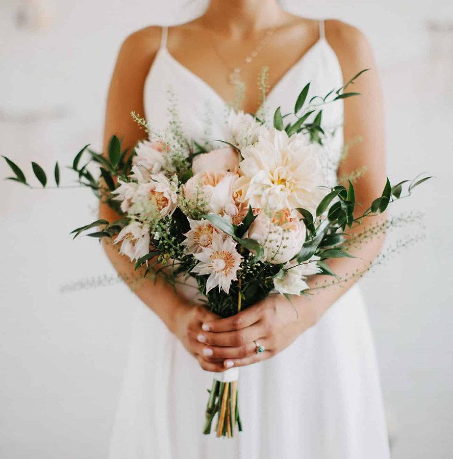 dahlia-wedding-bouquets-1.jpg