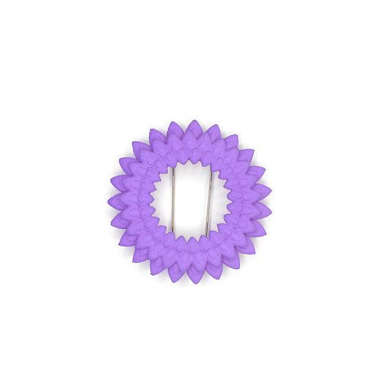 Dahlia brooch -lilac