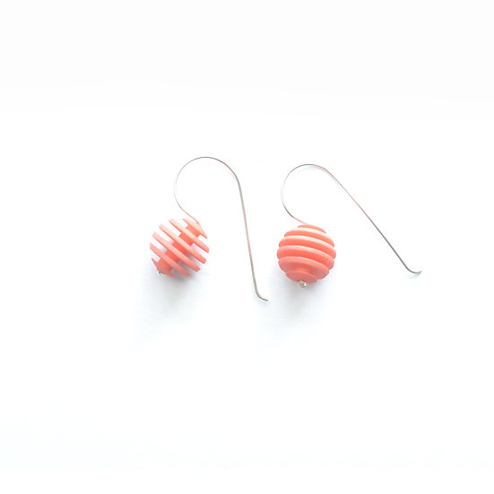 OPTICAL - Sphere earrings - Coral Pink