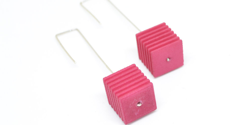 OUTLET - OPTICAL - Cube Earrings - Fuchsia pink