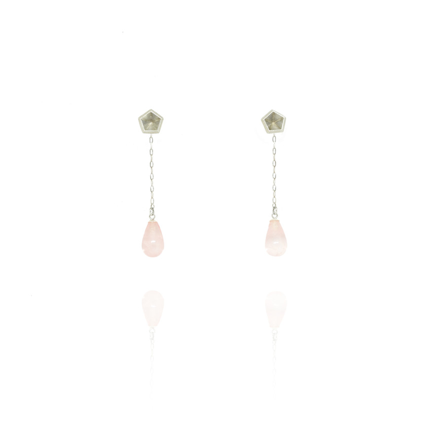 Transform these cute minimal studs into elegant dangling statement earrings in just few seconds. Wear your designer earrings to any occasion.